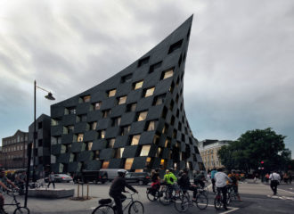 Shoreditch Hotel by AQSO arquitectos
